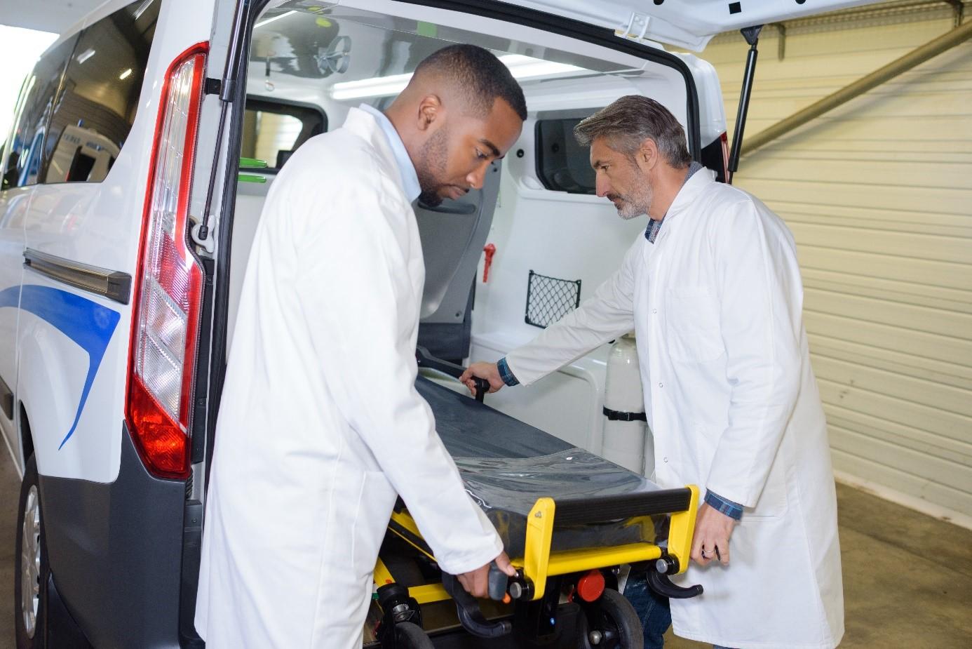 Les ambulanciers doivent se regrouper face à la crise sanitaire